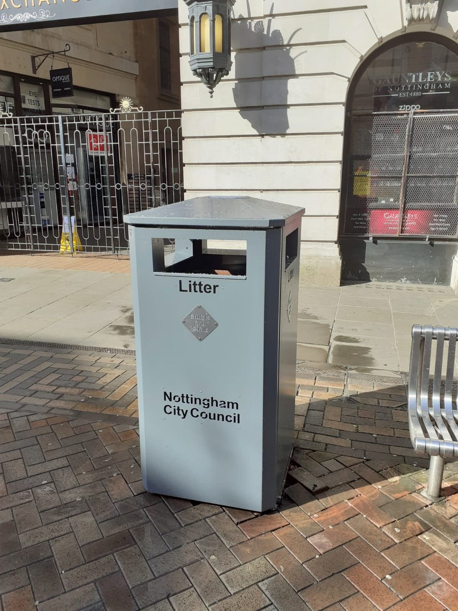 We (Nottingham Labour) pledged, at the local elections back in May, to replace the big belly bins in the City Centre. ✅the first of many new bins now installed ✅lots more being fitted ✅no handle to touch ✅thanks to @centre_team