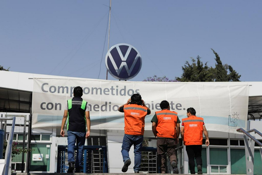 Volkswagen Mexico says employee died in potential case of COVID-19