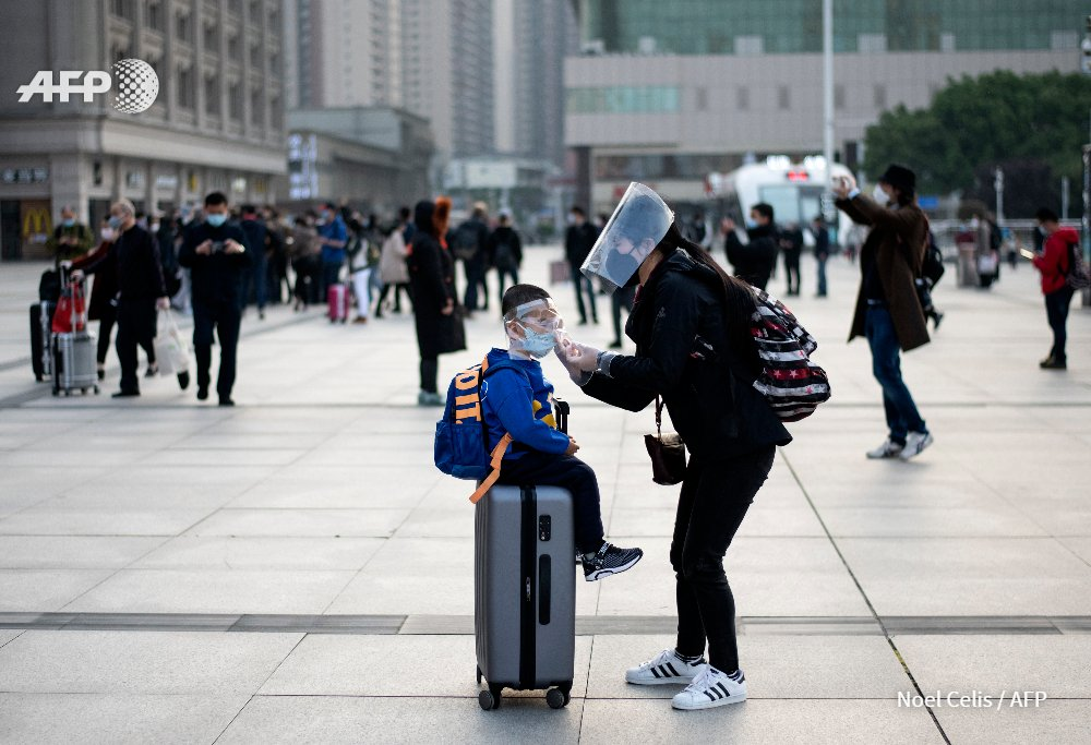 Voicing joy and excitement from behind face masks, tens of thousands of people flee Wuhan after a 76-day travel ban is lifted on the Chinese city where the #coronavirus pandemic first emerged http://u.afp.com/3pqapic.twitter.com/uoPZ10UEp8