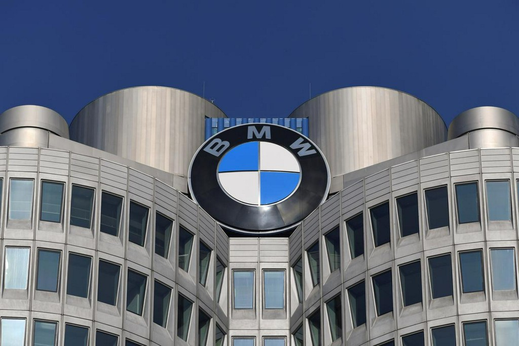 BMW to start producing face masks