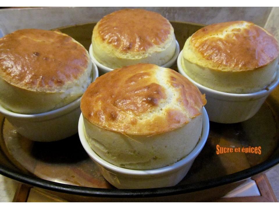 Soufflés normands au camembert -  - #souffles - #camembert - #Food - #Foodies - #foodblogger - #yummy - #miam - #entrees - #homemade - #recipe - #recipeblog - #recipes - #cuisine - #gourmet - #paques - #Paques2020 - #recettes - #easyrecipes - #Easter