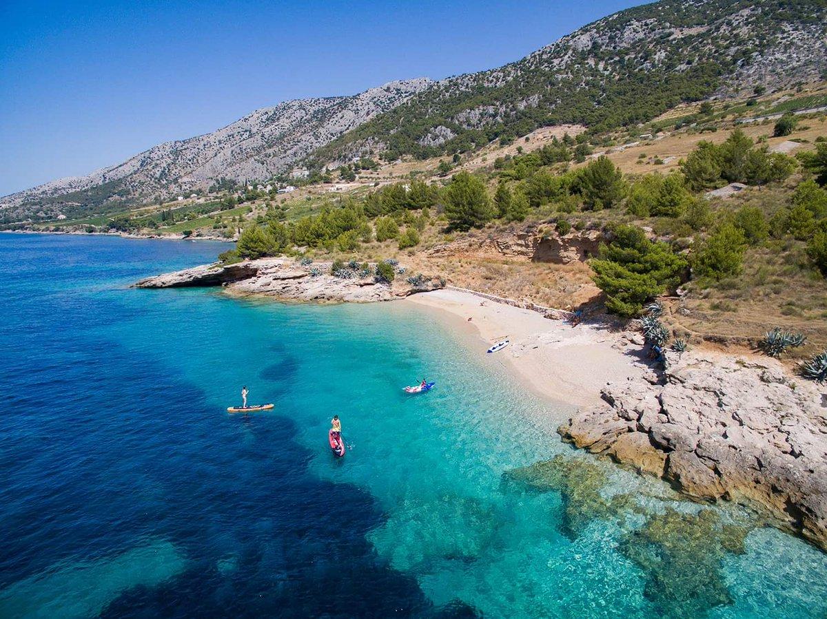 I'm just dreaming  #croatia #beach #summer #travel #nature #natgeotravel #natgeo #travelinspirationpic.twitter.com/1bp6lt8O0l