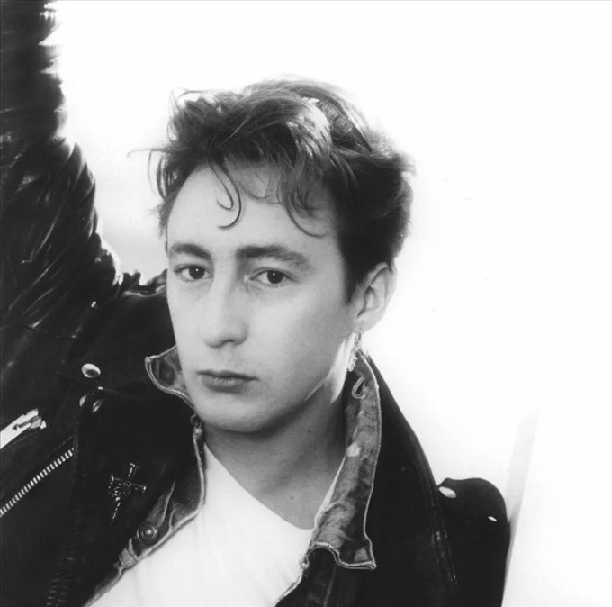 Happy Birthday to singer songwriter Julian Lennon, born on this day in Liverpool in 1963.