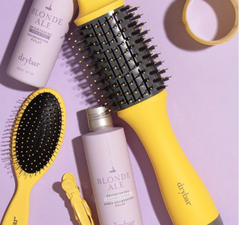 Is your hair zoom call ready? Give it a boost while we wait for this madness to end!  💛 Visit @thedrybar bio to shop their brightening staples and blowout essentials. They also have DIY videos, you'll thank us later! 😉 #thedrybar #haircare #blowout #southlakeavenue #pasadena https://t.co/jpCUpAnQPJ