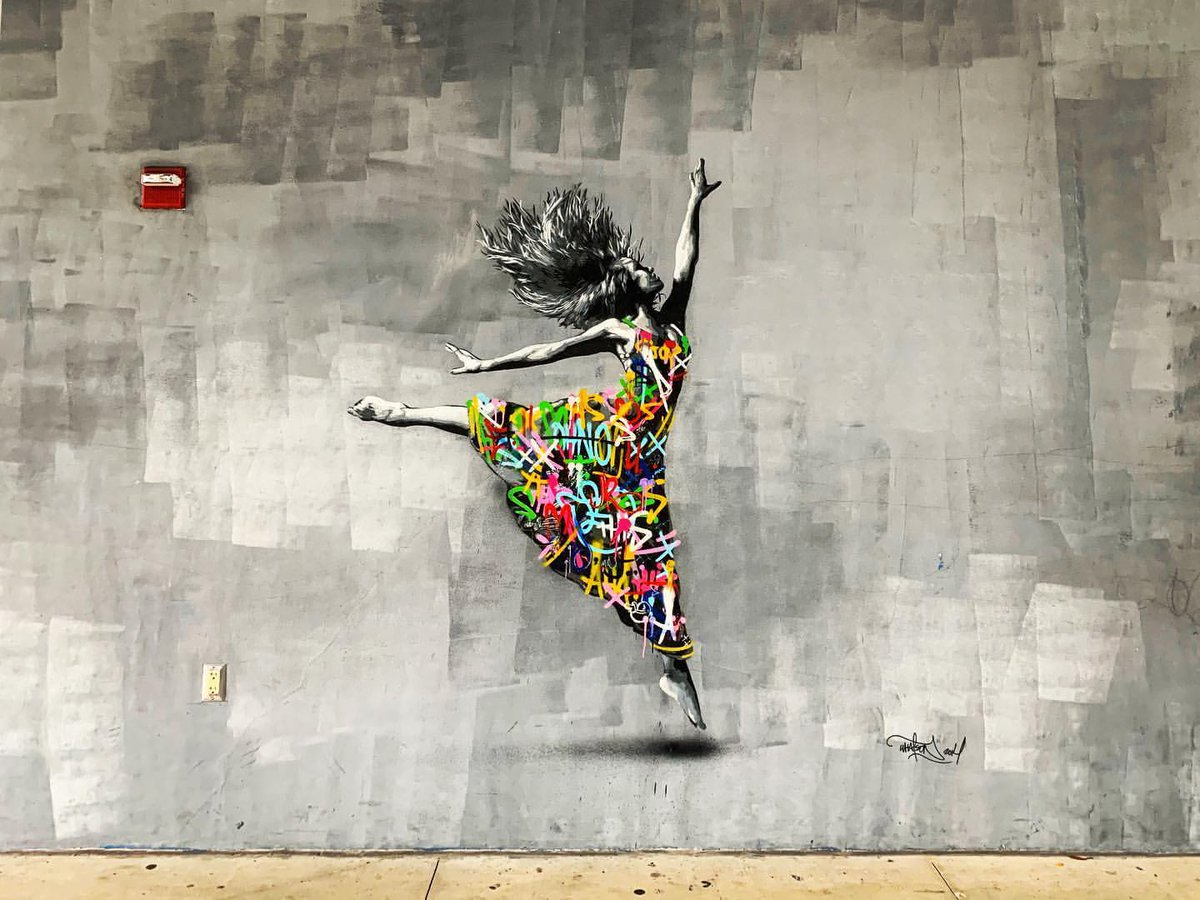 ... choose to be a soul that dances... in colors. Art by Martin Whatson #StreetArt #Art #Beauty #Soul #Dancing #Colors #graffiti #Mural #UrbanArtpic.twitter.com/yCx3RAHnHr