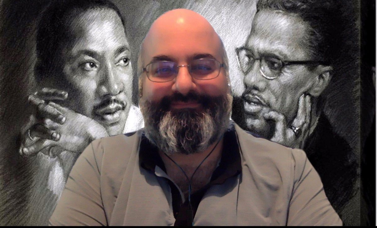I miss being with my students in person, but I do like having these two giants over my shoulder.  Today's class on #martinlutherking  and #MalcolmX .pic.twitter.com/DKNZmMBQ1G
