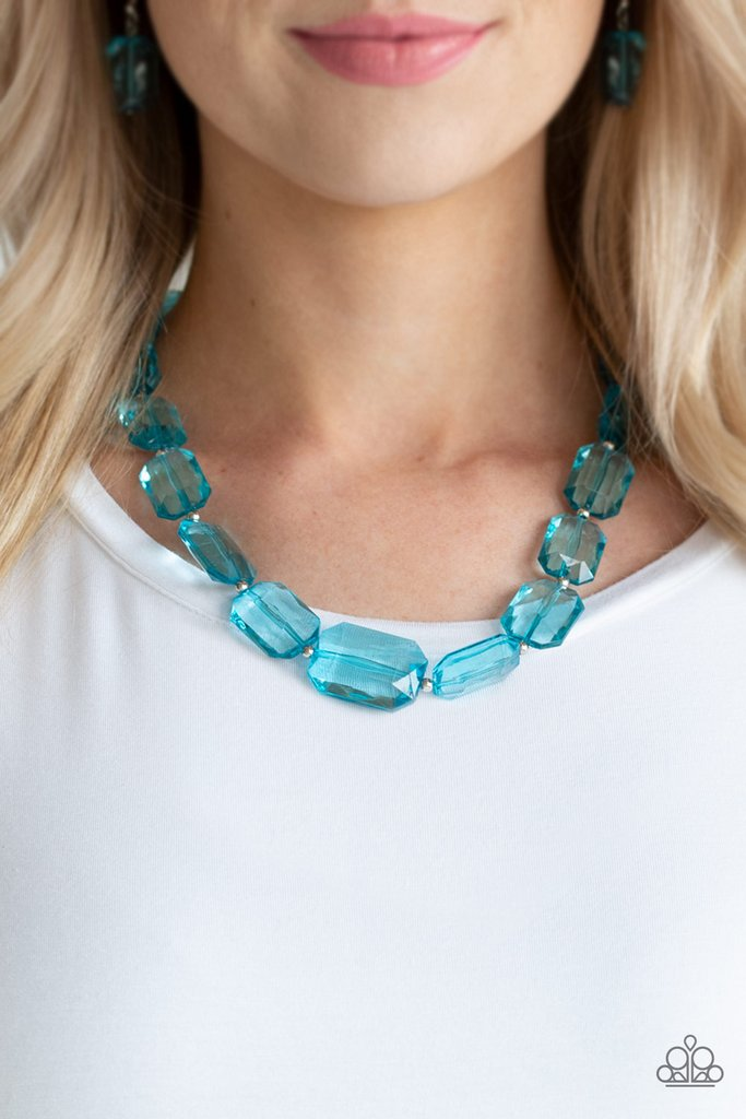 💎You won't believe this! Paparazzi Ice Versa - Blue Necklace is only $5.00💎   ⏩    #jewelryfashion #jewelrytrends #5dollarbling