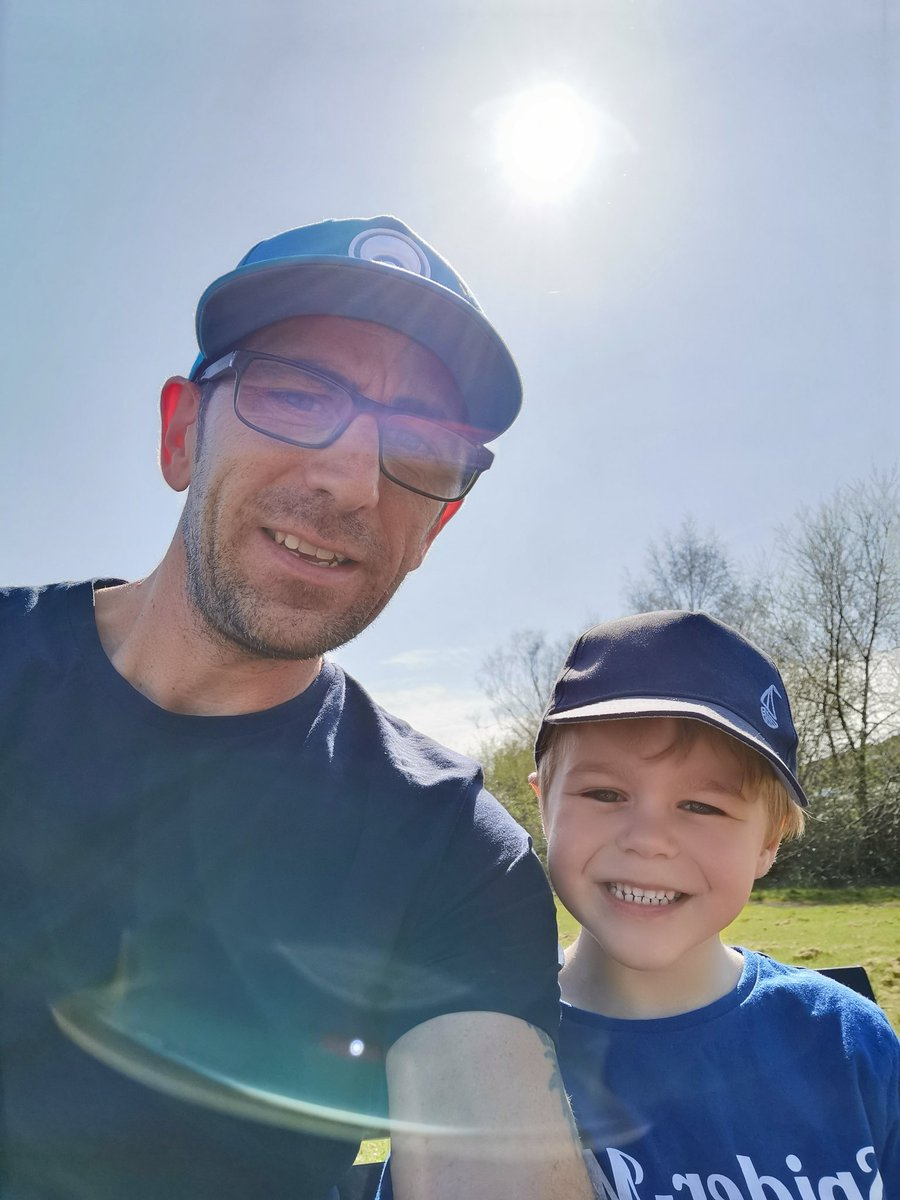 Stick collection growing; midst our daddy/son exercise times @Hathern_Primary #dailyexercise #sticksarelife #daddyandson pic.twitter.com/aUI1Ye2YWc