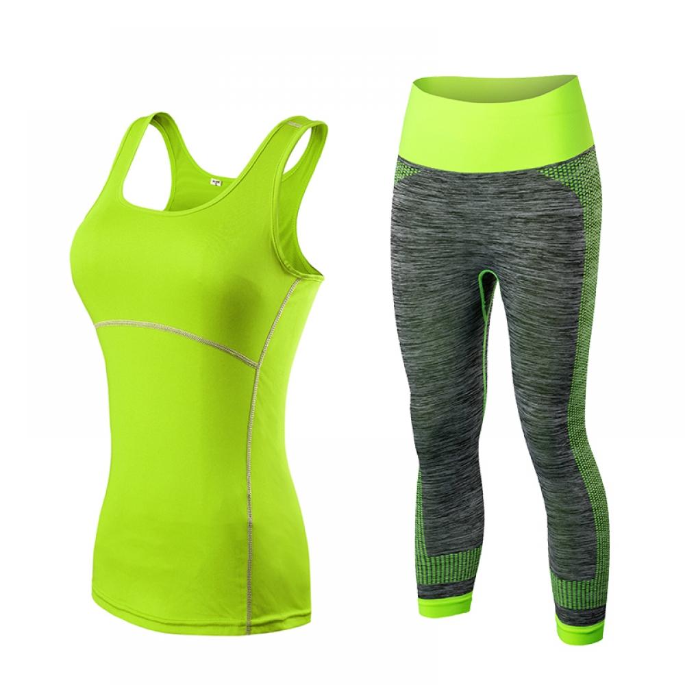 #fitnessmodel Women's Two Tone Sport Capris and Top Set pic.twitter.com/0qb7wAiPSX