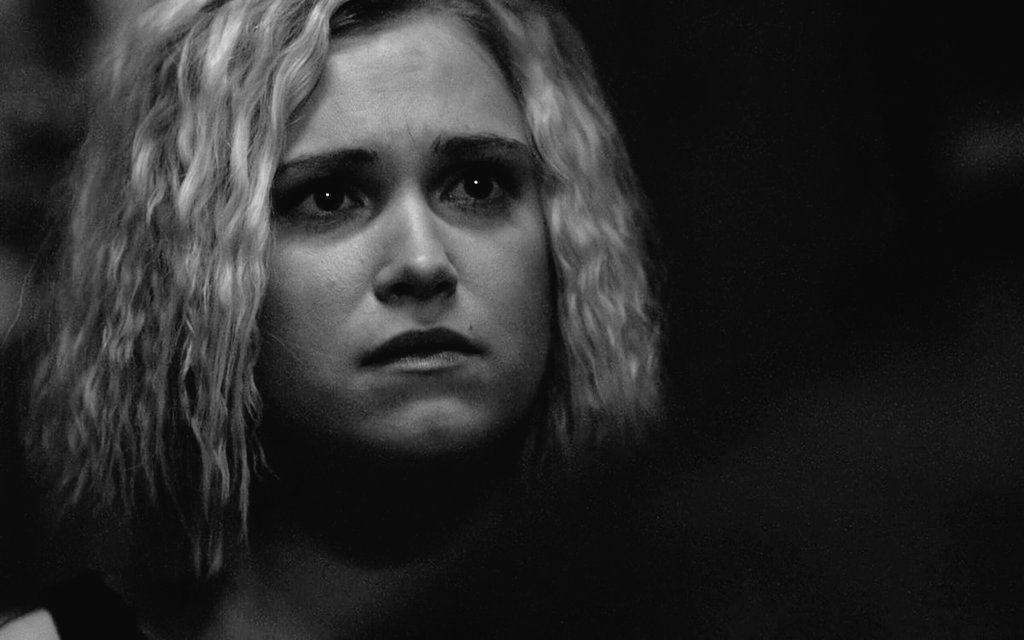"""OMG!! I'm crying   I CAN'T DO THAT AGAIN  I suddenly get it! Never saw it this way. That's why Clarke says """"You're my family too"""" S6!!   That's why Bob himself chose the 'family line'... Omg and we never figured it out. But I get it NOW!  #The100 #the100season5 #Bellarke<br>http://pic.twitter.com/akrBLerbsm"""