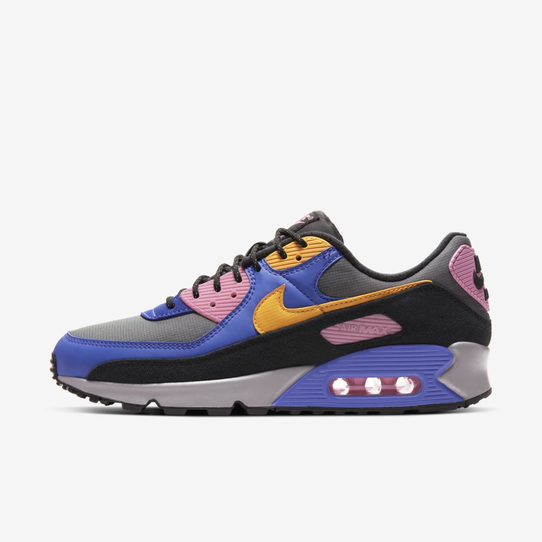 NEW Nike Air Max 90 Hike direct on @nikestore and $97.50 with code LOGIN25 Link -> go.j23app.com/grq