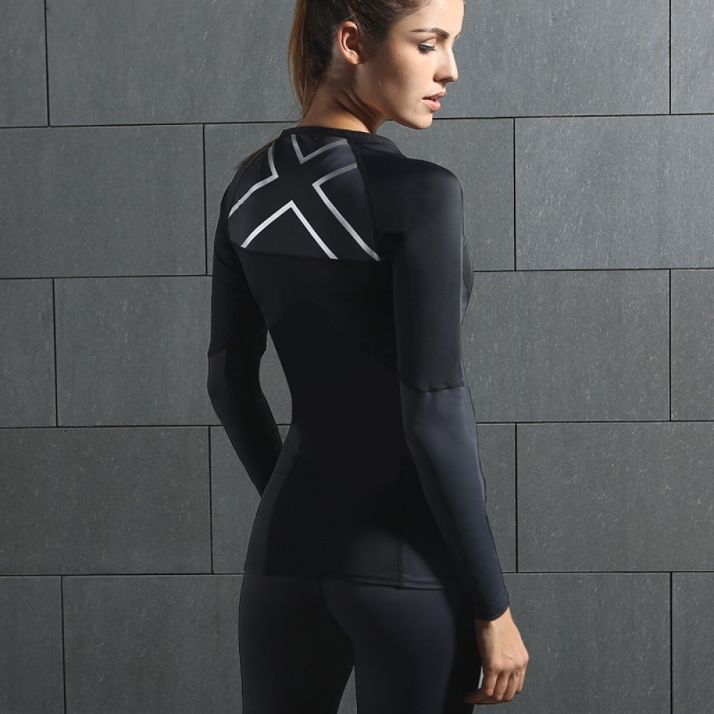#instafood #healthyeating WOMEN'S ELITE COMPRESSION L/S TOP