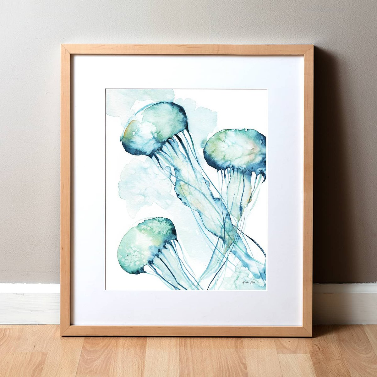 Psst! New listing up on http://lyonroadart.com !  A change of pace from somber world events. This #watercolorjellyfish just makes me feel better **sigh**. Enjoy!  #jellyfishpainting #watercoloranimals #watercolorpaintingspic.twitter.com/NqzKM2DnkT
