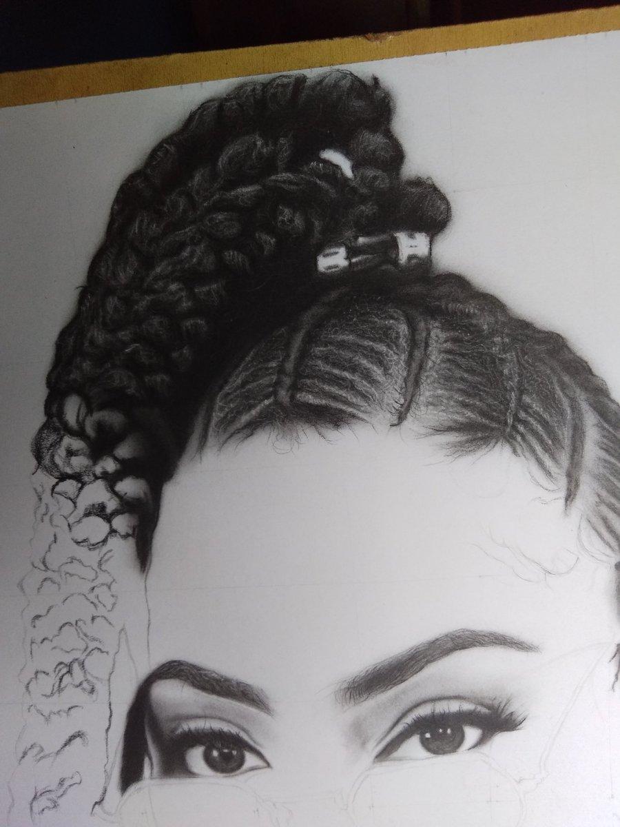 New work  #hair #charcoal #hyperrealismpic.twitter.com/TuohMfzYZ7