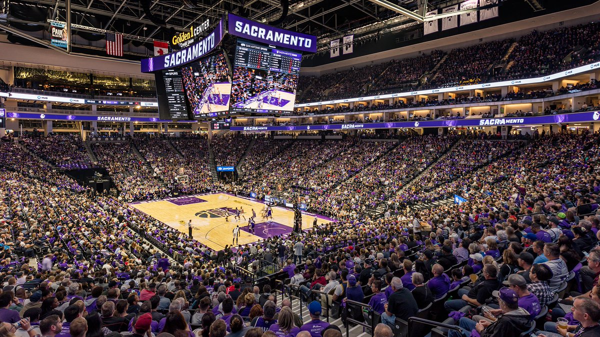 Sacramento Kings On Twitter 𝙕𝙤𝙤𝙢 𝘽𝙖𝙘𝙠𝙜𝙧𝙤𝙪𝙣𝙙𝙨 Now You Can Show How Sacramentoproud You Are When Working From Home
