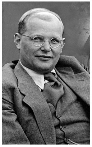 9 April 1945: Dietrich #Bonhoeffer, German #pastor, spy, and anti-Nazi, is hanged, accused of being part of the Operation Valkyrie conspiracy to kill Hitler. He is executed with Admiral Wilhelm Canaris and others about a month before the end of #WWII. #ad amzn.to/2XrhlHH