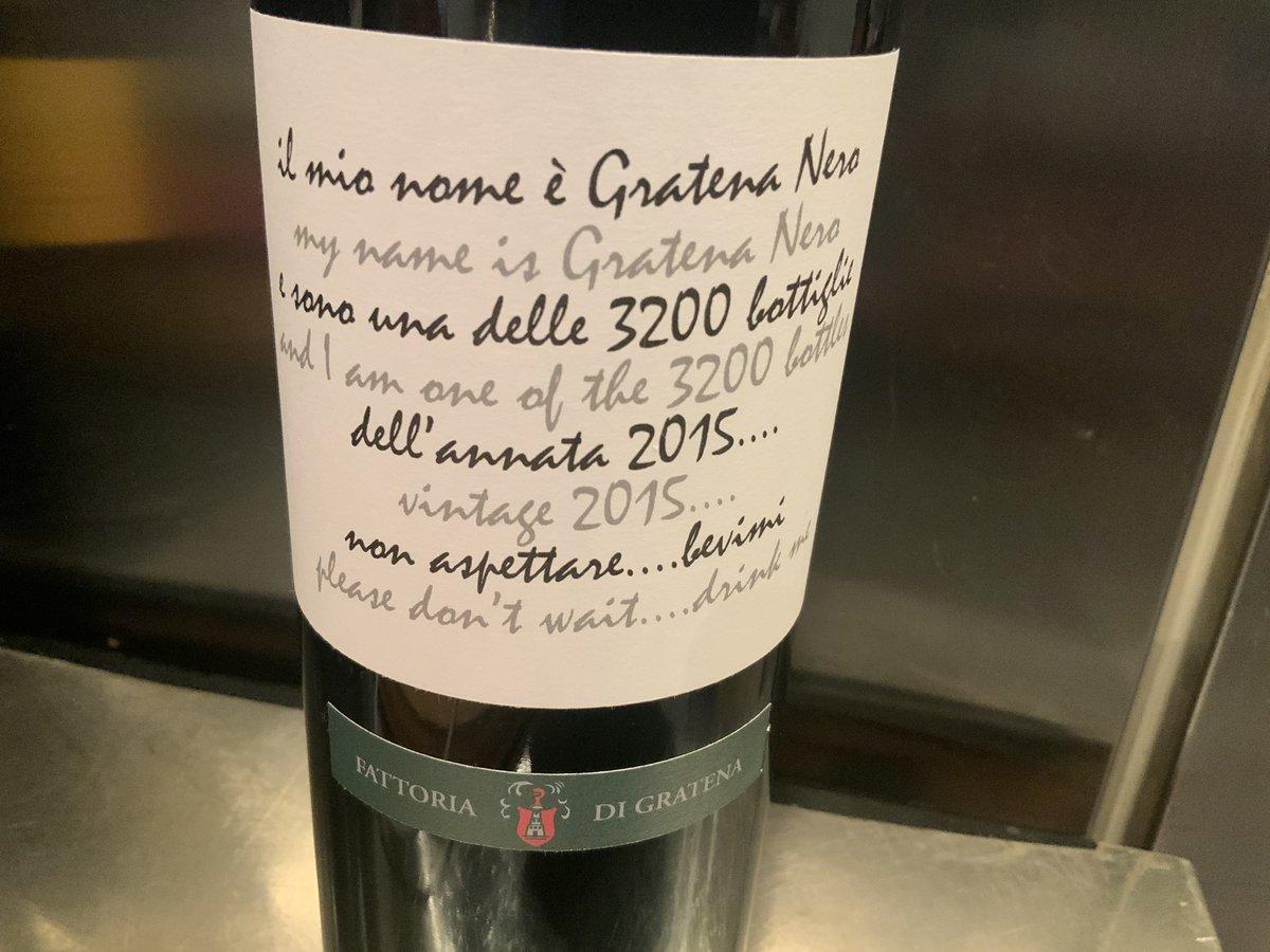 Amici #winelovers questa sera in Toscana con il Gratena Nero 2015 un Toscana Rosso IGT di Fattoria di Gratena. Un vitigno esclusivo che dona corpo, pienezza e carattere possente. Eleganti sentori preludono ad un palato regale pic.twitter.com/D7BQzey1Uv