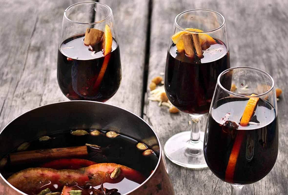 My Recipe for Swedish Glogg (Hint: It's Similar to Mulled Wine!) - This Midwestern Girl https://bit.ly/2J9qVVT #wine #winelovers #fallpic.twitter.com/hUtyScx2ck