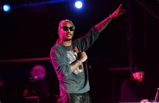 #Future Announces New Album 'Life Is Good', Says #JuiceWrld's Death Left Him 'Heartbroken' pic.twitter.com/9hlOqcd1KK
