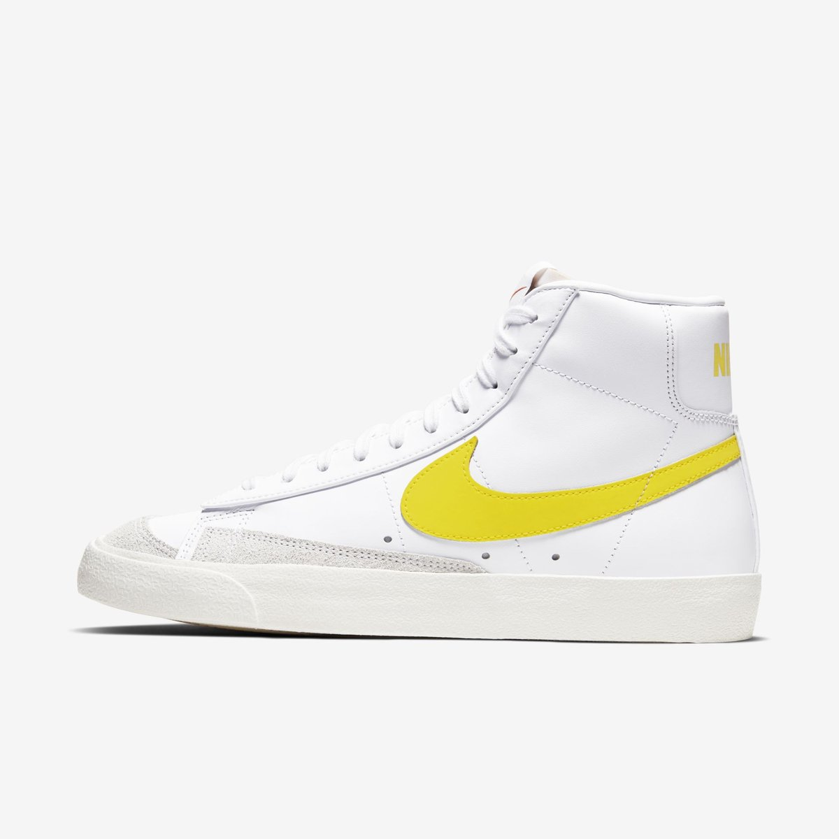 "ENDS TONIGHT: Nike Blazer Mid 77 Vintage ""White/Opti Yellow"" $59.98 on @nikestore with code LOGIN25 Link -> go.j23app.com/gqh"