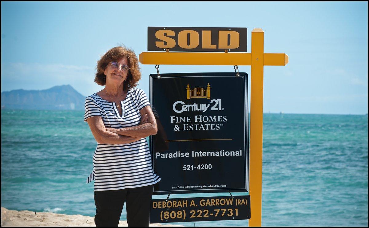 Thinking of selling your home here in #Honolulu! I can help!!! Please feel free to contact me  debbigarrow@hotmail.com -  808•222• 7731 Aloha Deborah #c21 #Century21 #Oahu #homebuying #homeselling #ewabeach #mililani #Makakilo #Kapolei #Aiea #welcomehome #soldpic.twitter.com/J0X8c6YiZ1