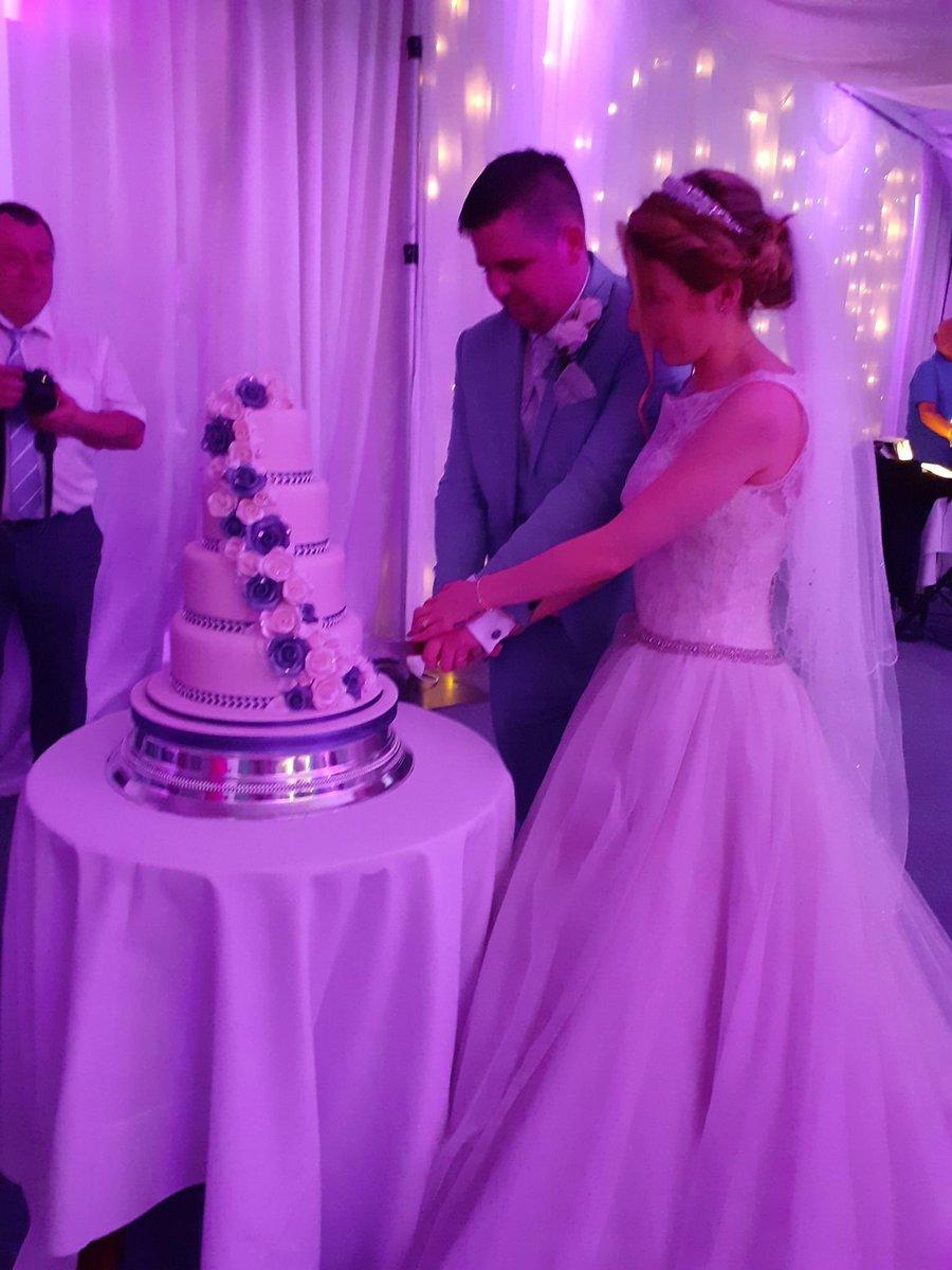 Dream wedding come true. #princess #27.7.19 pic.twitter.com/h8DodYUZ6v