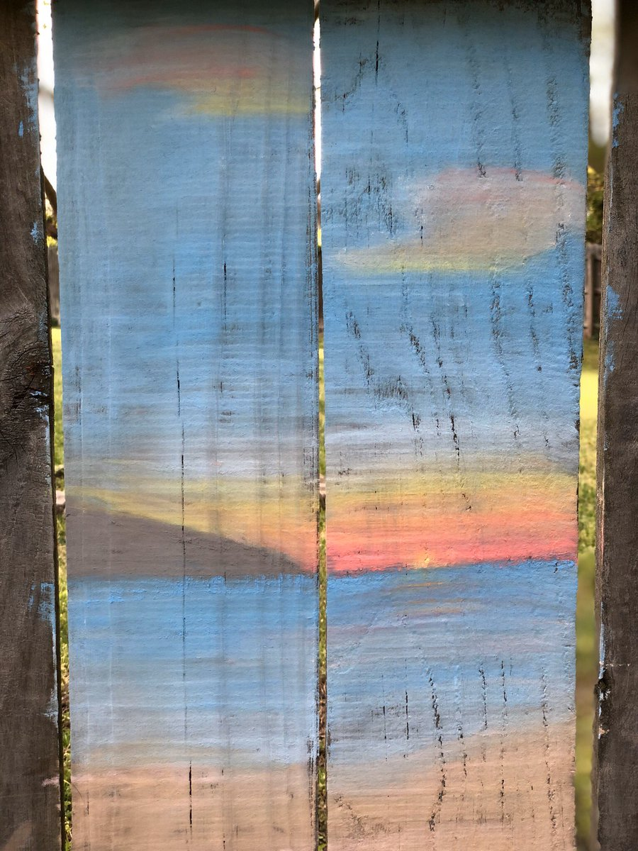 """Island at Sunset"" Art makes my  happy, it's calming and expressive for me. What brings you joy and peace? #ArtTherapy #FencepostArt #VBITSpic.twitter.com/nrMKC2rZd2"