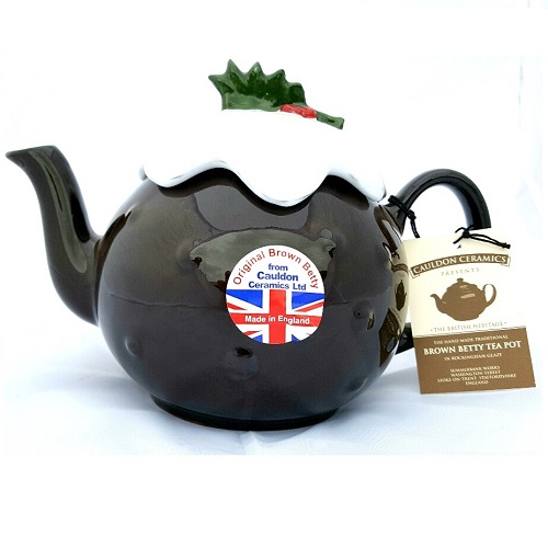 6 Cup Christmas Pudding Brown Betty Teapot #brownbettyteapot #brownbetty #cauldonceramics #teapot #ceramics #cauldon #pottery #earthenware #britishitems #britishproducts #ukmade #madeinuk #christmas #christmasteapot #gift Sale Price- £41.49 Shop here-