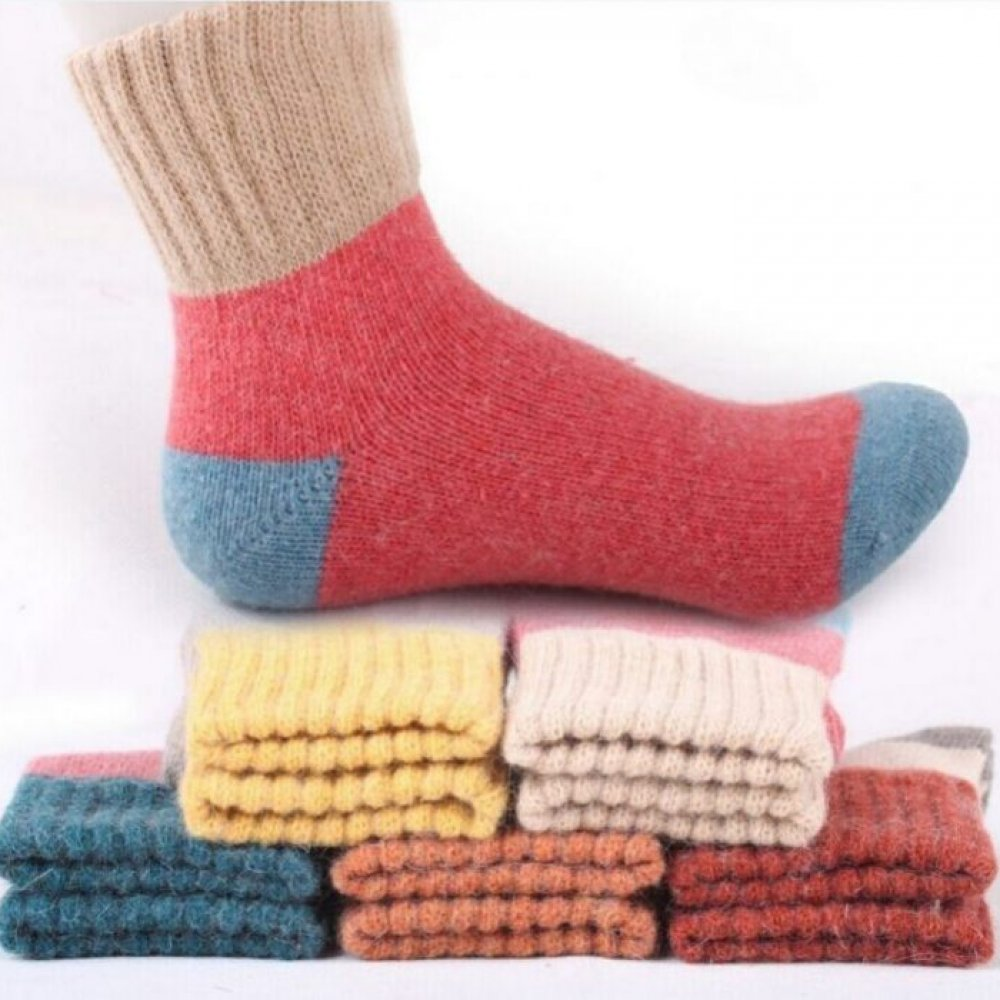 #menswear #anklesocks Warm Woolen Women's Socks Set https://sockzplanet.com/warm-woolen-womens-socks-set/ …pic.twitter.com/pYhzDoLy9t