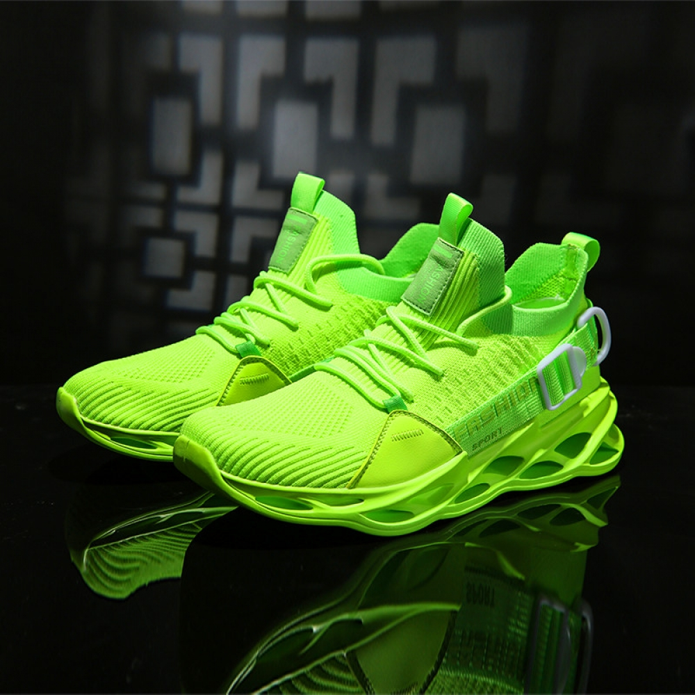 #fitnessmodel Breathable Mesh Sneakers pic.twitter.com/si3hmO1ZL6