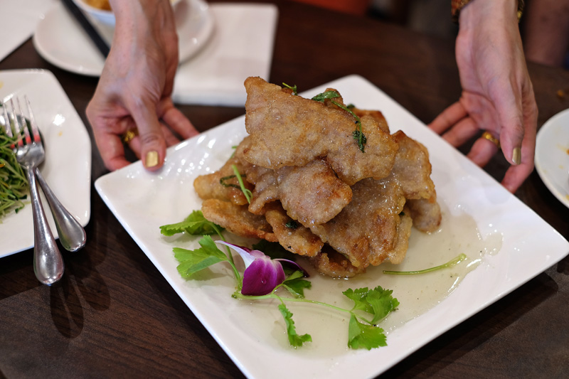 'The pork, tender and juicy, crispy on the outside from the light coating of flour. Kent declared it a mountain of Asian schnitzels, only finer..' Click here  to read our latest food review! #foodies #chinesecuisine #chinesecooking #delicious #deliciousfood