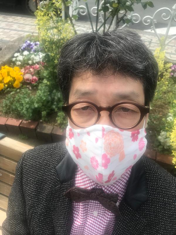 よくお世話になっている洋服のお直し屋さんのマダムが、素敵なマスクを作ってくださいました。ありがとうございます。Je vous remercie, Madame.#kimurakan