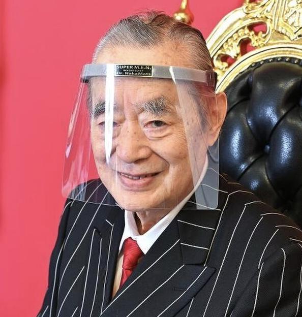 ドクター中松のフェイスマスクと同じものをAppleが開発…ドクター中松はティム・クックだった???