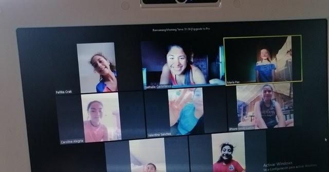 Para romper la rutina y seguir entrenando CDSC Puerto Varas Femenino de Básquetbol utiliza popular aplicación de videoconferencia http://dlvr.it/RTRkSmpic.twitter.com/2XFaIFxZbc