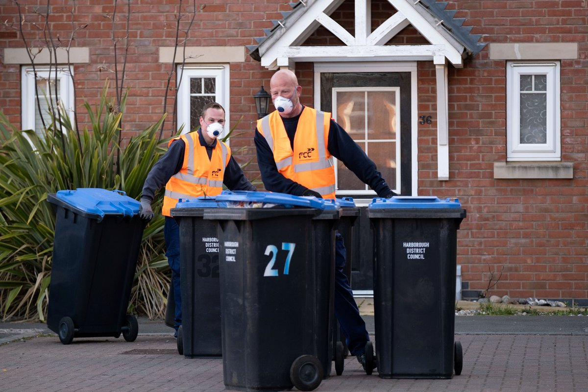 A BIG thank you for the overwhelming support residents have shown for our bin collections crews working hard across the #Harborough district at this challenging time. Your fantastic support is appreciated so keep smiling & waving at them from your homes! #HelpingHarborough