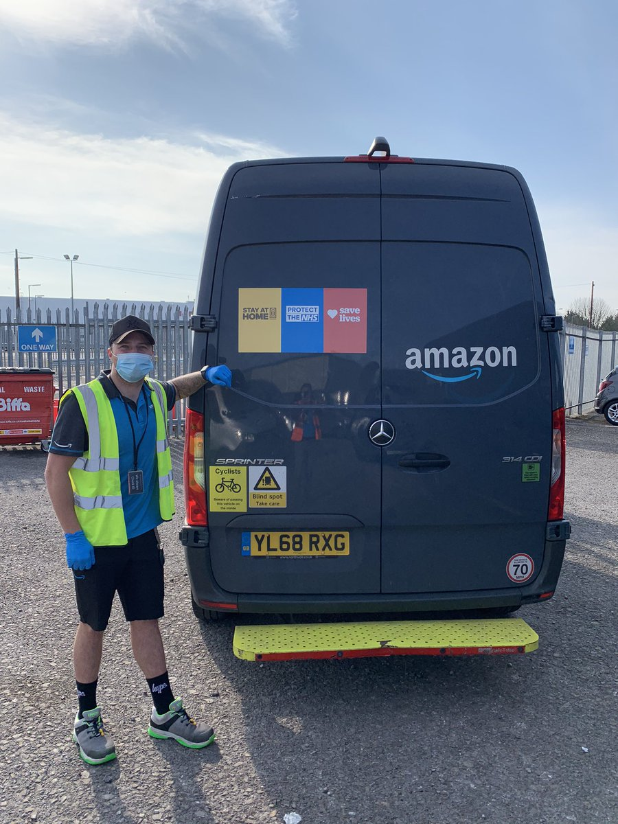 Myself and my team @LRA Logistics Ltd know that Easter weekend is upon us. We are trying our best to remind everyone to #stayathome #protectthenhs and #savelives Be responsable! #amazon #oneteamonedream #doyourpart https://t.co/v76bpUwltt