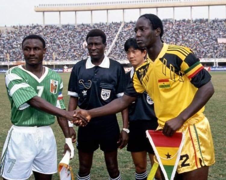 "Makan.Magassouba on Twitter: ""Souvenir CAN SENEGAL 92 Finale : Côte  d'Ivoire Vs Ghana Gadji Celi et @AnthonyBaffoe #AFRICANSTAR… """