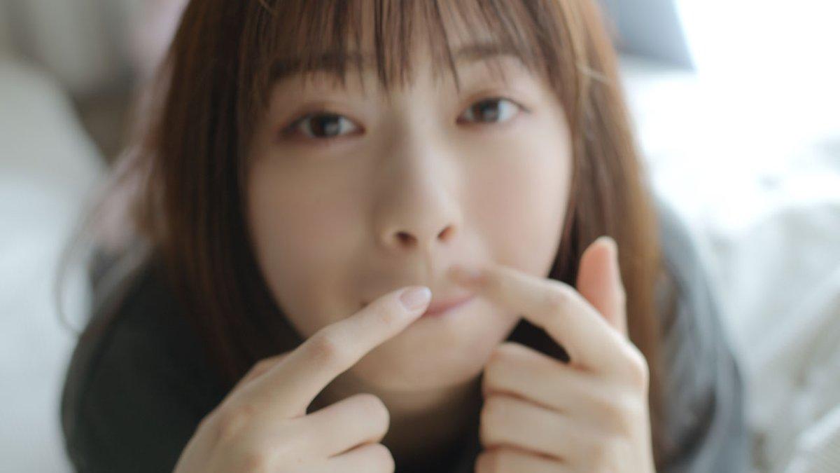 【動画追加🎥】西野七瀬の恋人気分が味わえる😊キュートな照れ笑いに胸キュン💘🔻映像はコチラ💕チャンネル登録&評価👍お願いします🔻記事詳細&写真はコチラ
