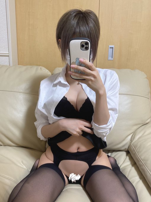 裏垢女子御伽樒のTwitter自撮りエロ画像35