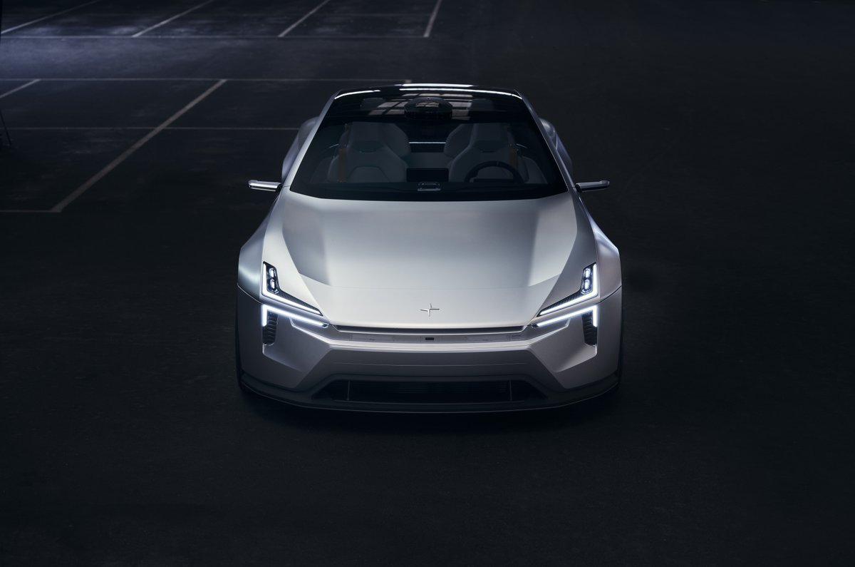 Its seat covers come from recycled PET bottles and the floor mats come from fishing nets. All of these weight reductions and aerodynamic design elements in returns help with the increased range in a single charge.  #PolestarPrecept #EV #electriccar #concept #sedan #themotoop https://t.co/DvPl4whYnj