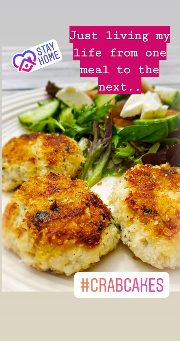 I made crab cakes 🦀 w/ the leftover crab from the #Crab #Stuffed #Salmon. Mmm! Down right #deliciousfood!  #foodie #recipes #lockdownextension #StayHome #quarentine #Food #foodblog #blog #NewYorkTough #coronavirus #sucks #StaySafe #StayStrong #Trending #trend #seafood #Cooking