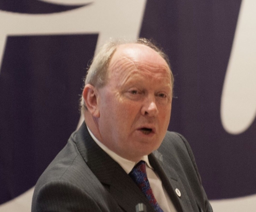 Allister Raises Images of 'Republic Funeral' With Chief Constable https://ballymoneybubble.co.uk/regional/allister-raises-images-of-republic-funeral-with-chief-constable/13296/…pic.twitter.com/AdKGlDsNqv