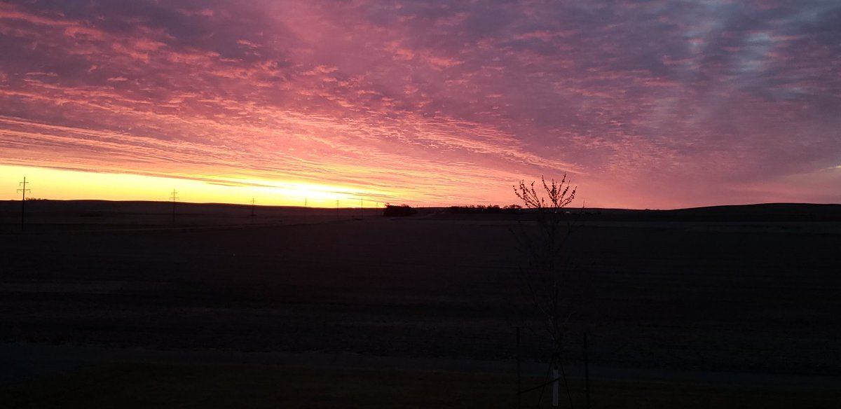 God's amazing way of greeting us this morning. #maundythursday #changingsky #nofilter
