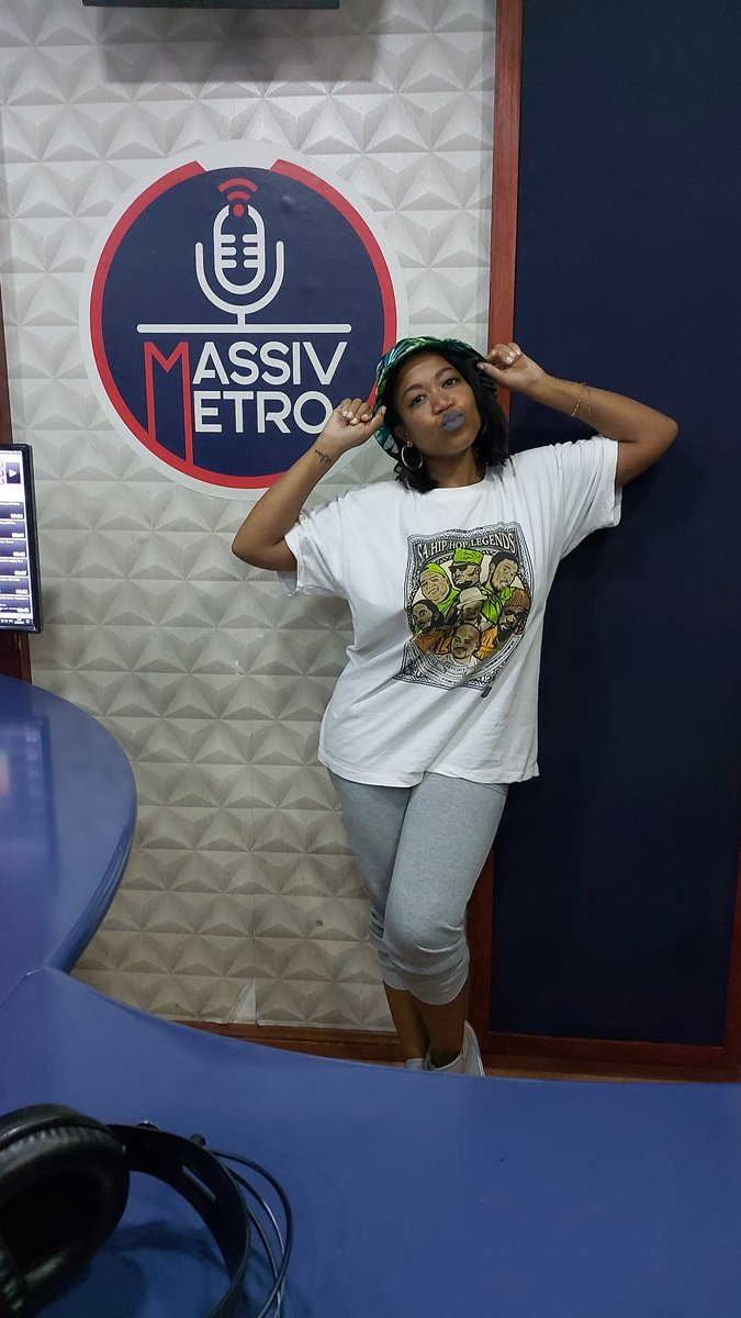 #TheElement | #ForTheLoveOfHipHop   Yo! Thank you, again, for rocking out with me on .@TheElementSA on .@MassivMetro.   Let's kick it again tomorrow at 1PM.pic.twitter.com/ByMq5lA10k