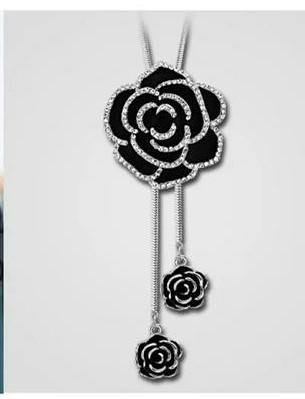 Black and silver long chain to behold and have.....  Call Now - 0803 088 8612  OH LOH-LAH Signatures.... a touch that lingers#jewelries  #longchains #beauty #jewelrylover  #naijafashion  #nollywoodglamour #beautybloggers  #entrepreneur #bellanaijaweddings  #staysafepic.twitter.com/G5Np31B1QV