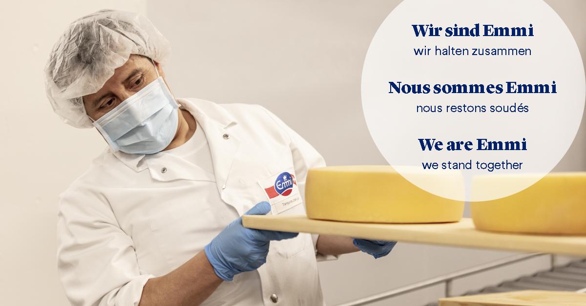 Wir sind Emmi. Wir halten zusammen. Gemeinsam mit unseren Partnern & Lieferanten sorgen wir dafür, dass Menschen in der Schweiz und überall wo unsere Produkte erhältlich sind auch weiterhin das Wichtigste finden, das sie zum Leben brauchen: Nahrungsmittel.