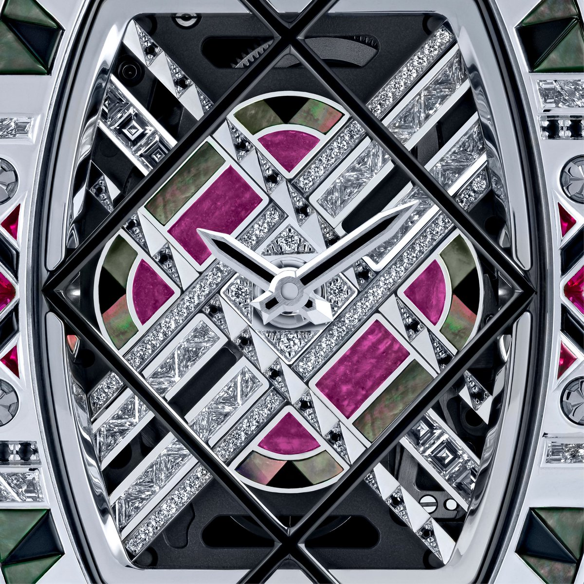 Art Deco led us at the crossroads of cutting-edge watchmaking and high jewellry practices. #RichardMille https://t.co/1NzvPlM8la
