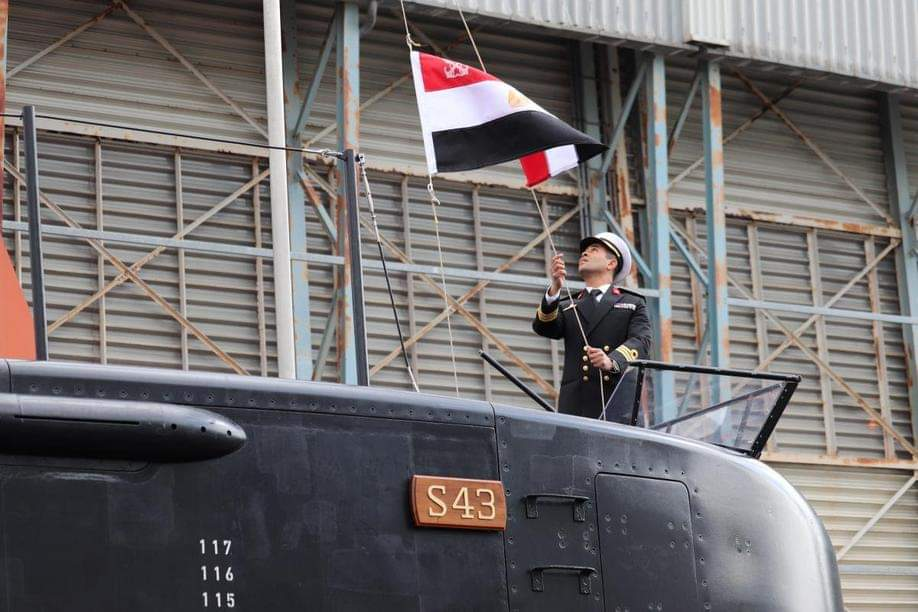 كل ما يجب معرفته عن مواصفات غواصة S43 الألمانية التي تسلّمتها البحرية المصرية EVLI9TMUUAAV9tB?format=jpg&name=medium