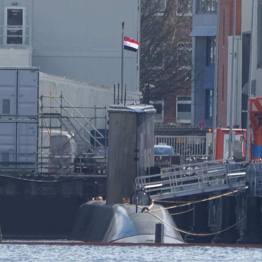 كل ما يجب معرفته عن مواصفات غواصة S43 الألمانية التي تسلّمتها البحرية المصرية EVLI_CAUYAAvOMI?format=jpg&name=medium