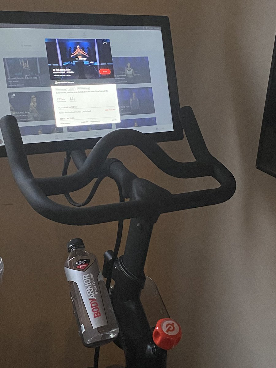 Attn #BunsOfAnarchy news. Offering free membership in our bikergang To any one  who does this heavy metal ride w me at 1:30 eastern. Membership perks include getting to tell people your in a biker gang with Booger McFarland https://members.onepeloton.com/classes/cycling?utm_source=ios_app&utm_medium=in_app&modal=classDetailsModal&classId=eca8cc9e6b884f2fb4d0b8bd7ffe342f…pic.twitter.com/dL1gk34K2m